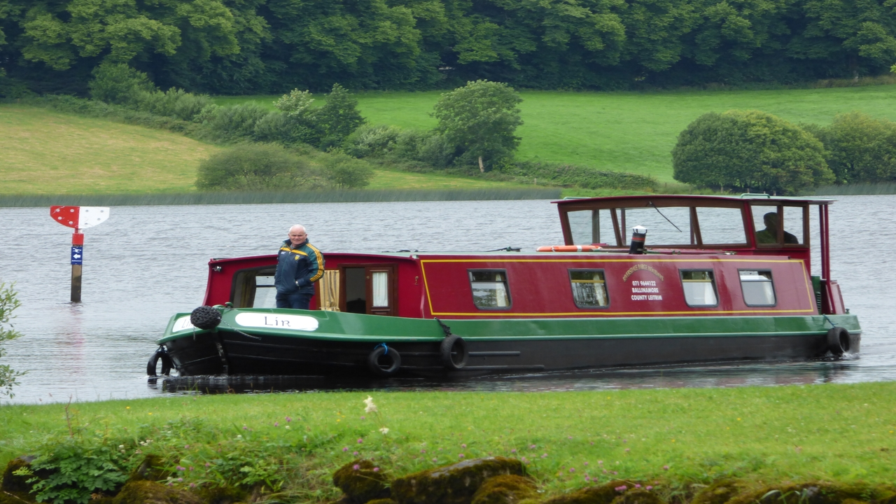 Riversdale Barge Holidays | Accommodation | Dining | Pubs